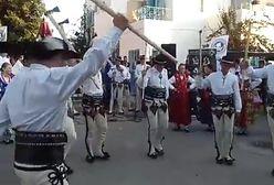 Górale tańczą na Dżerbie. Przyjechali do Tunezji na międzynarodowy festiwal