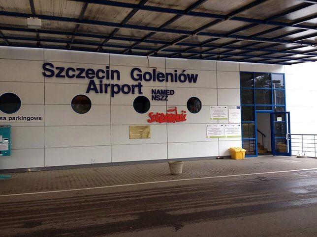 Z portu lotniczego Szczecin-Goleniów można w prosty sposób dojechać do centrum