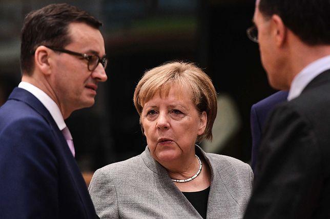Mateusz Morawiecki i Angela Merkel podczas spotkania Rady Europejskiej w Brukseli.