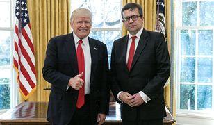 Prezydent Donald Trump i ambasador Polski w USA, prof. Piotr Wilczek.