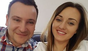 """""""Rolnik szuka żony"""": Grzegorz i Anna pochwalili się ślubnym zdjęciem. Internauci od razu zaatakowali"""