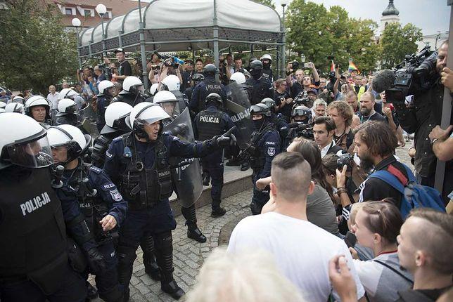 Płock. Marsz Równości na ulicach miasta. Doszło do kilku incydentów.