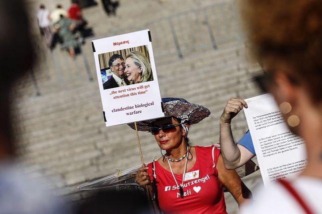 Niemcy. Protest przeciwko wprowadzaniu obostrzeń