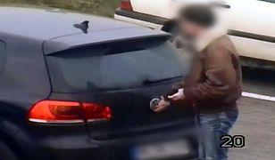 Turyści na celowniku złodziei. Kradną nie tylko samochody