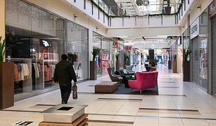 Nowe obostrzenia od 1 lutego. Galerie handlowe, kwarantanna i godziny dla seniorów na innych zasadach