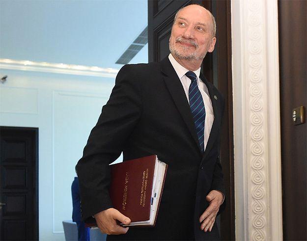 Marcin Makowski: PiS robi sobie krzywdę Smoleńskiem