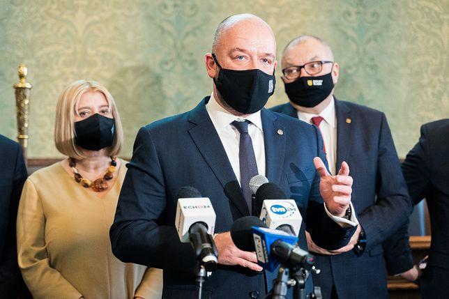 Wrocław. Jacek Sutryk przedstawił raport o stanie miasta. Prezydent otrzymał absolutorium