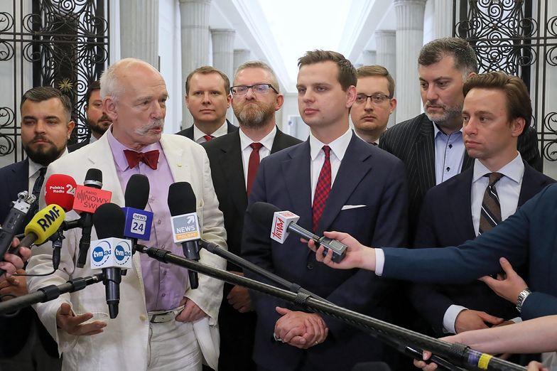 Wycieknie seks-afera polityków? Poseł o niejawnych obradach Sejmu