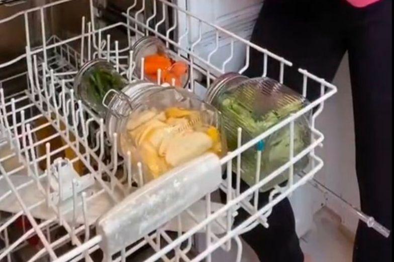Ugotowała warzywa w... zmywarce. Ten przepis to hit internetu