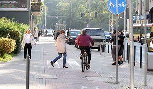 Śmierć 16-latki na ścieżce rowerowej w Warszawie. Zarzuty dla urzędników