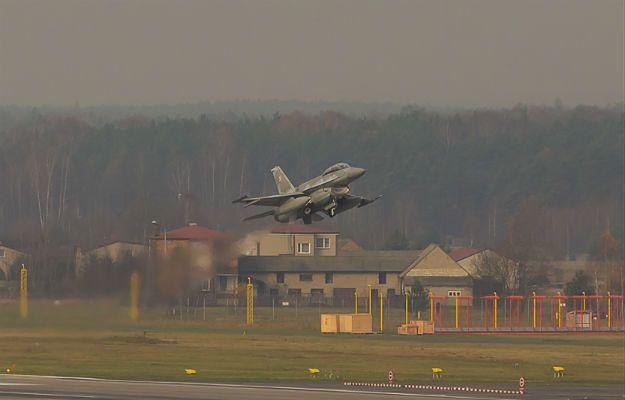 """Samoloty bojowe nad Śląskiem. """"To tylko ćwiczenia"""""""