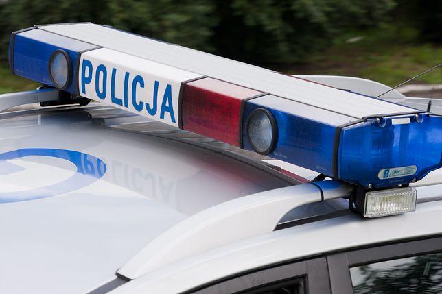 Warszawa. W samochodzie w centrum stolicy znaleziono ciało