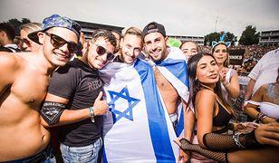 Młodzi Izraelczycy po prostu chcą cieszyć się życiem