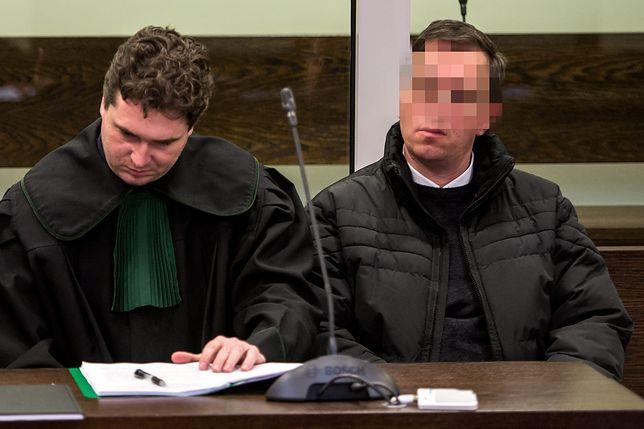 W rejestrze przestępców seksualnych nie ma skazanych księży? Tak, ale zgodnie z prawem