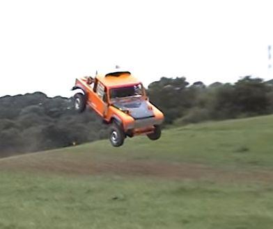 Land Rover robi salto na rajdzie