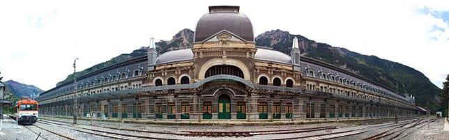 Dworzec w Canfranc, Hiszpania