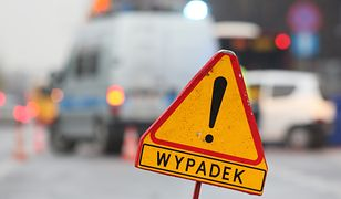 Warszawa. Zderzenie dwóch samochodów. Piesza w szpitalu