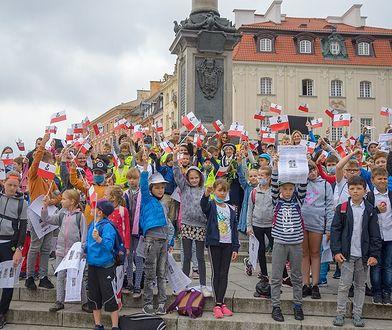 """Warszawa. Wraca """"Piosenka dla Małego Powstańca"""". Dzieci śpiewają dla powstańców"""