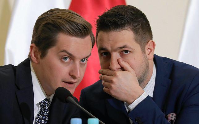 Sebastian Kaleta i Patryk Jaki na posiedzeniu komisji weryfikacyjnej