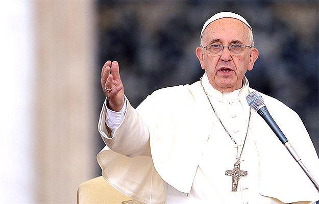 Wyciekł tekst nowej encykliki papieża Franciszka. Watykan oburzony