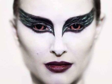 """Makijaż z filmu """"Czarny łabędź"""""""
