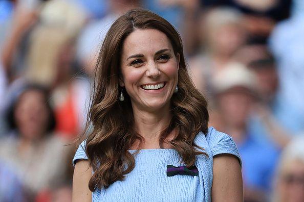 Księżna Kate w kolczykach z sieciówki. Teraz znowu są w sprzedaży