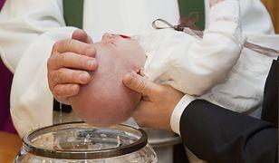 """""""Covid to świetny pretekst, żeby rodzina dała spokój z chrztem"""". Młodzi Polacy szukają wymówek"""