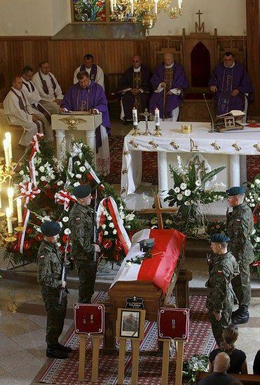 St. szeregowy Dariusz Tylenda spoczął w pokoju - zdjęcia