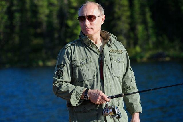 Putin pocałował rybę. Zrobili z niej kotlety - zdjęcia