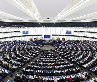 PE nie stworzy raportu o praworządności w Polsce