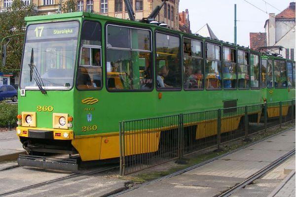 Pasażer wyrzucił kobietę z tramwaju. Motorniczy dostał naganę