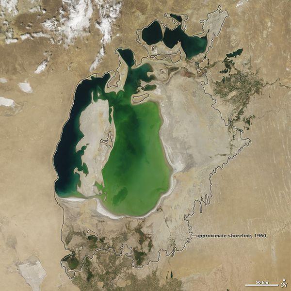Jezioro prawie znikło. Uzbekistan prosi o pomoc