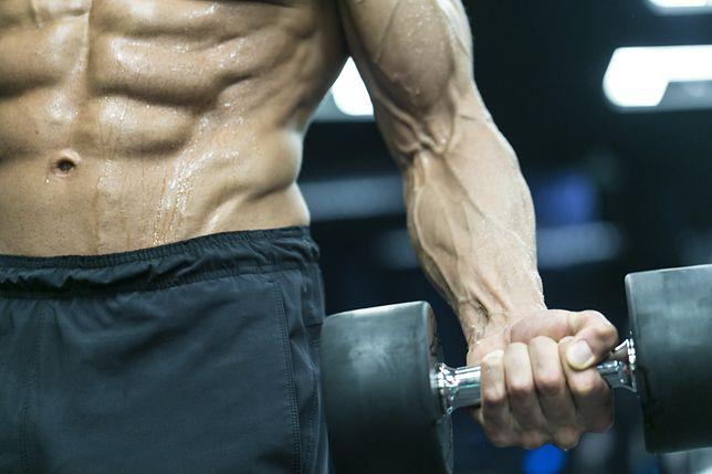 Hiperplazja mięśniowa. Na czym polega mechanizm przyrostu masy mięśniowej?