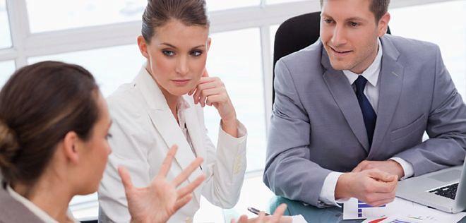 Szukanie pracy to drogi biznes