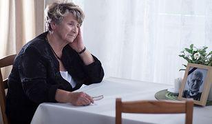 Samotność dotyczy nas coraz częściej. I media społecznościowe nam w tym nie pomagają