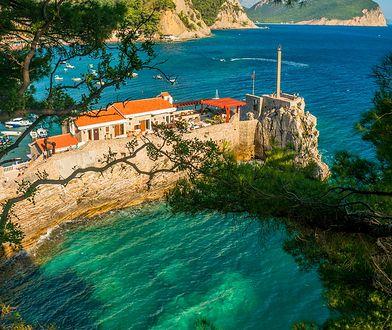 Czarnogóra. Malownicze plaże, dzikie góry