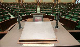 Gdyby wybory odbyły się teraz, w Sejmie znalazłoby się 5 partii