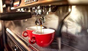 Dobra wiadomość dla wielbicielek kawy! Wasz ulubiony napój pomaga schudnąć