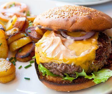 Aby urozmaicić nasze hamburgery, warto poeksperymentować
