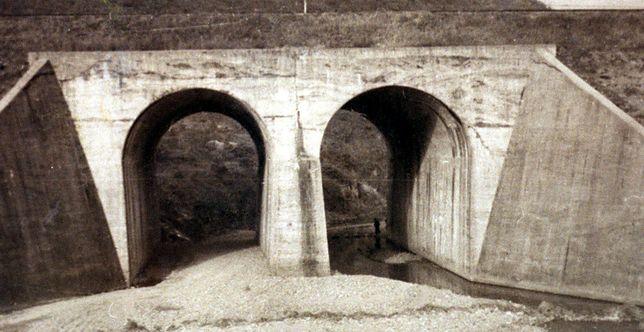 Most nieopodal No Gun Ri, pod którym amerykańscy żołnierze zmasakrowali koreańskich cywilów