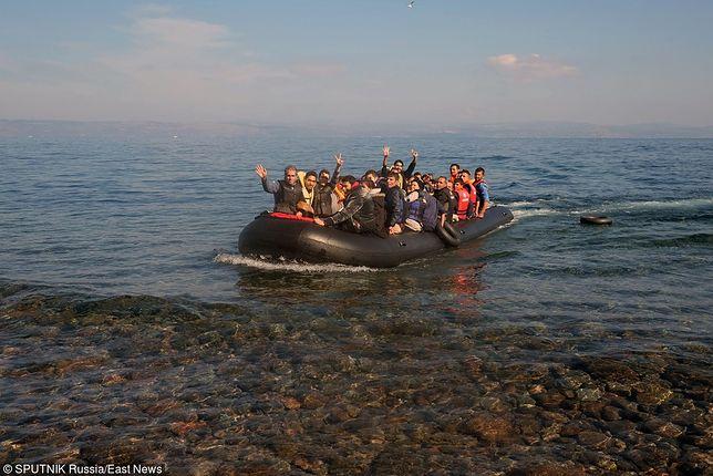 Spadek liczby imigrantów docierających do Włoch.