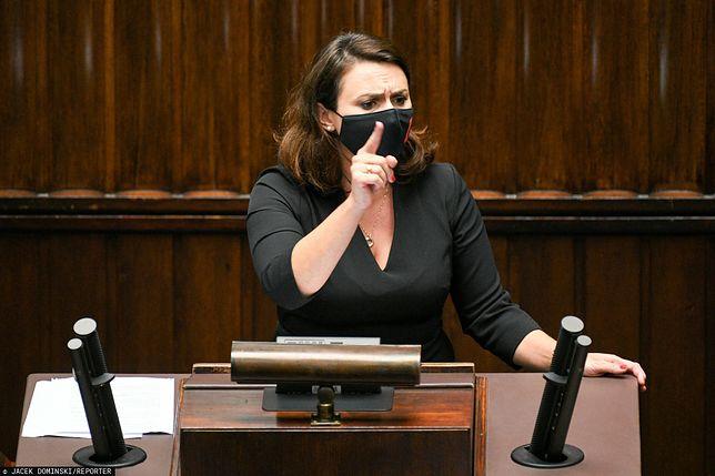 KRS odwołuje sędziów. Kamila Gasiuk-Pihowicz (na zdjęciu) krytykuje ten wniosek