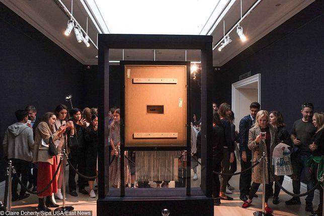 Podczas aukcji w Londynie po zakupie obrazu doszo do jego zniszczenia.