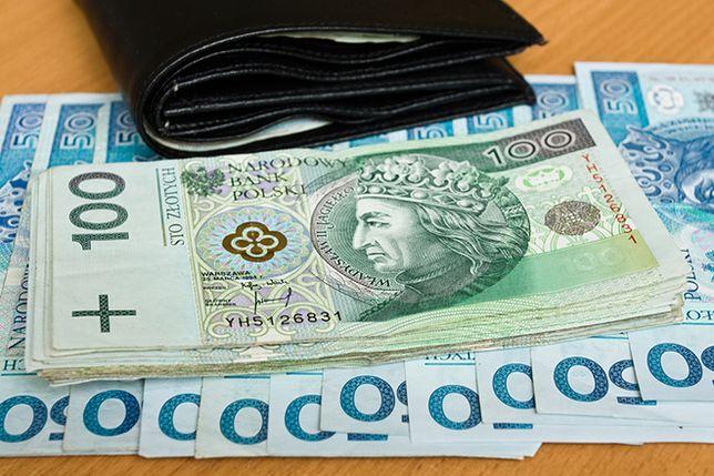 550 zł kary za jeden film! Polacy otrzymują pocztą wezwania do zapłaty