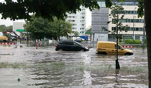 Burza w Warszawie. Sparaliżowane miasto
