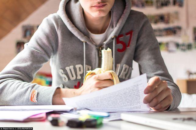 Przygotowanie do tegorocznej matury będzie się w dużej mierze opierać na nauce w domu