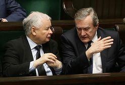 Skok PiS na trzeci sektor. Co zrobi Andrzej Duda?