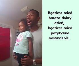 Tata w wyjątkowy sposób motywuje córkę