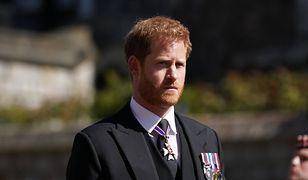 Książe Harry podpisał lukratywną umowę. Mowa w niej o śmierci królowej Elżbiety II