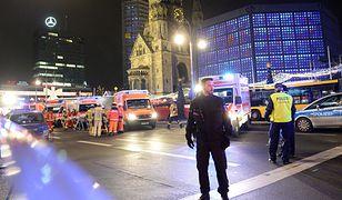 Policja i ratownicy na miejscu zdarzenia